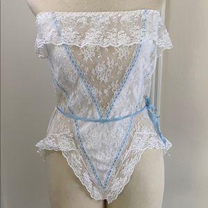 Vintage Jezebel white lace blue strapless teddy